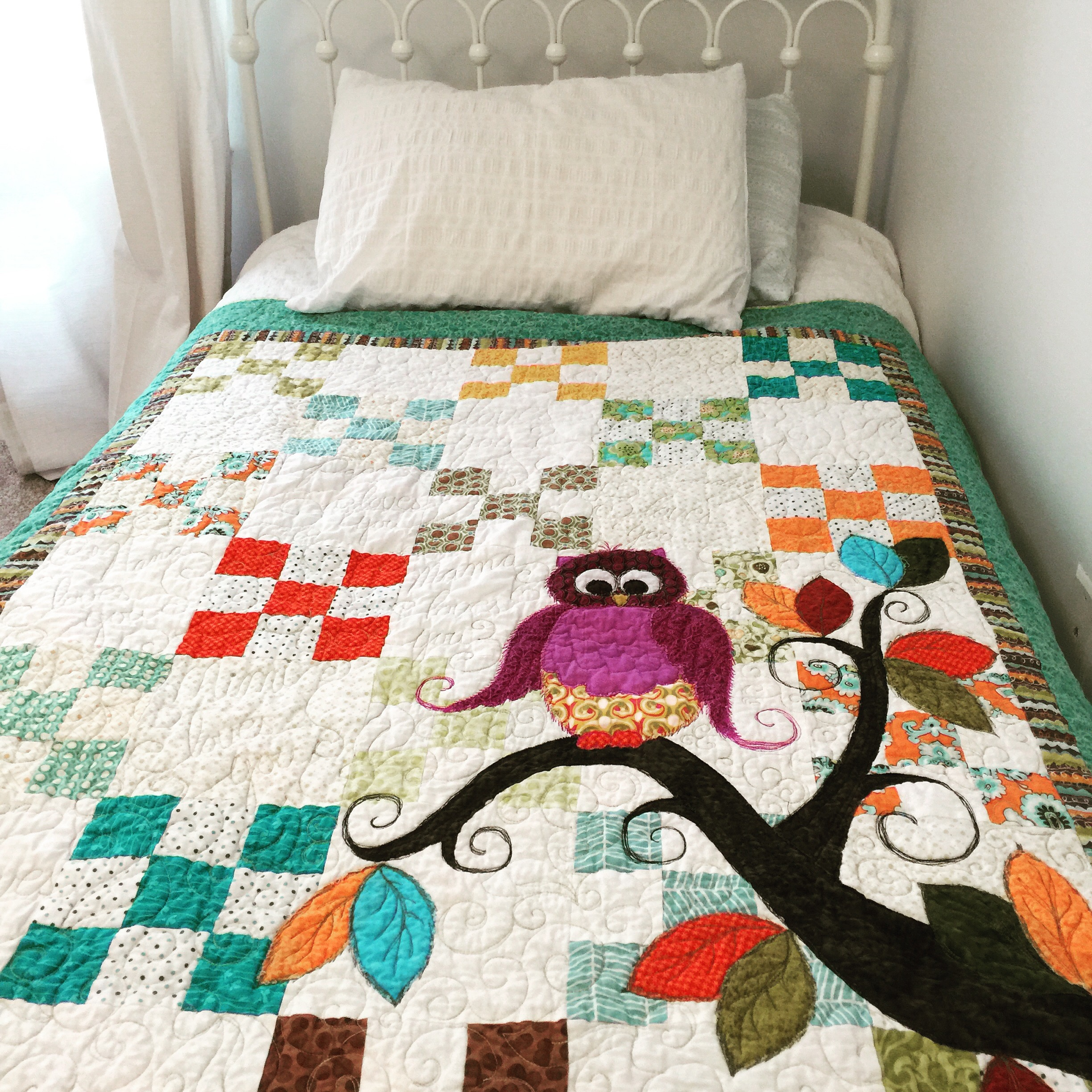 Whoo Loves You Owl Quilt Pattern | Painting With Thread : owl quilt patterns - Adamdwight.com